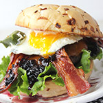 Recipe for Blackberry Burger with Egg