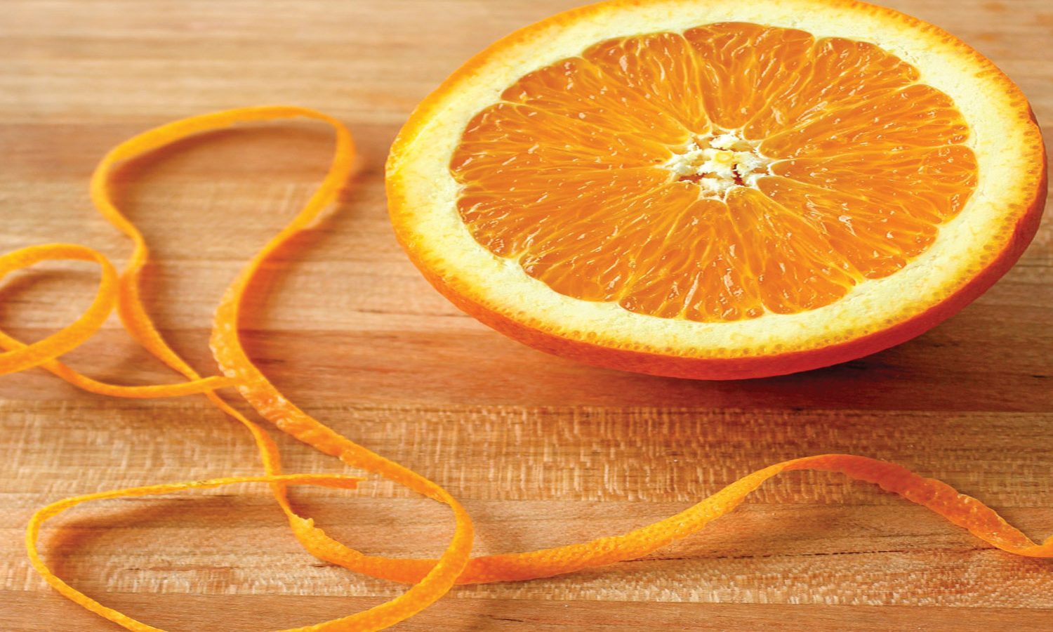 Orange half with peel for marmalade